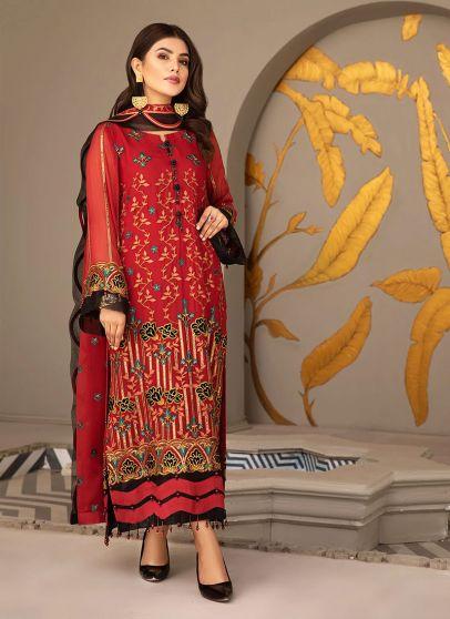 Mayna Embroidered Pakistani Salwar Kameez